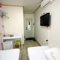 Отель Tomo Residence 2* Стандартный номер с 2 отдельными кроватями