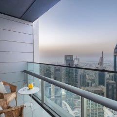 Отель Dream Inn Dubai Apartments - Index Tower ОАЭ, Дубай - отзывы, цены и фото номеров - забронировать отель Dream Inn Dubai Apartments - Index Tower онлайн балкон