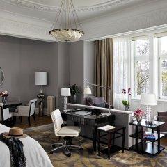 Отель Four Seasons Gresham Palace комната для гостей фото 7