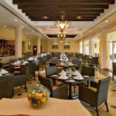 Отель Courtyard By Marriott Cancun Airport ресторан