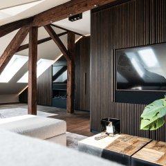 Апартаменты Airhome Limmatquai River View Apartment Апартаменты с различными типами кроватей