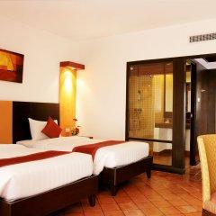 Отель All Seasons Naiharn Phuket 3* Стандартный номер с различными типами кроватей фото 4