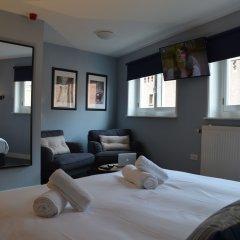 Отель Frisco Inn Номер Делюкс с различными типами кроватей