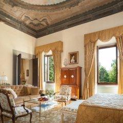 Four Seasons Hotel Firenze 5* Люкс с различными типами кроватей