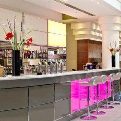 Отель Hilton Paris Charles De Gaulle Airport гостиничный бар фото 2