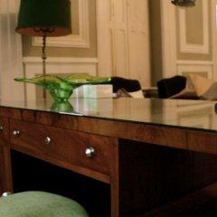 Отель Palacete Chafariz D'El Rei 5* Полулюкс с различными типами кроватей