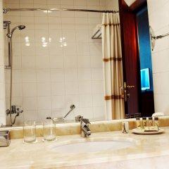 Ренессанс Самара Отель раковина ванной комнаты