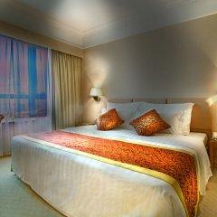 Golden Crown China Hotel 3* Улучшенный люкс с разными типами кроватей