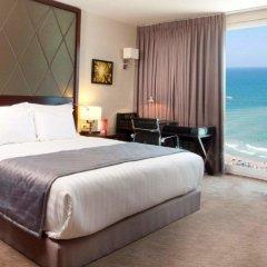Crowne Plaza Tel Aviv Beach 3* Представительский номер с различными типами кроватей фото 4