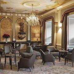 Eden Hotel Wolff лобби