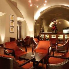 Отель The Grand Mark Prague гостиничный бар