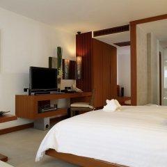 Отель La Flora Resort Patong 5* Улучшенный номер разные типы кроватей фото 4