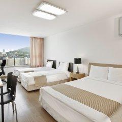 Отель Hyundai Residence Seoul 3* Стандартный семейный номер с двуспальной кроватью
