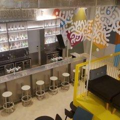 ClinkNOORD - Hostel Амстердам гостиничный бар