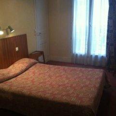 Отель Hipotel Paris Sacre Coeur Olympiades Стандартный номер с различными типами кроватей (общая ванная комната)