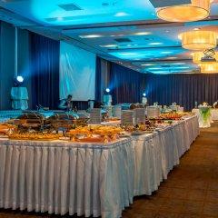 Гостиница Holiday Inn Almaty конференц-зал фото 3