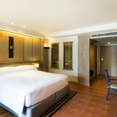 Отель Phuket Marriott Resort & Spa, Merlin Beach 5* Стандартный номер с различными типами кроватей фото 4