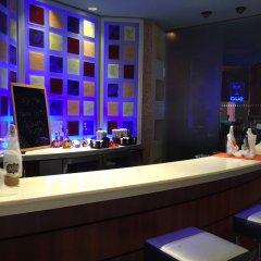 Отель Renaissance Curacao Resort & Casino гостиничный бар