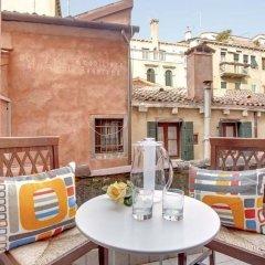 Апартаменты Grimaldi Apartments – Cannaregio, Dorsoduro e Santa Croce Апартаменты с 2 отдельными кроватями фото 12