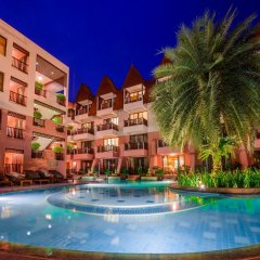 Seaview Patong Hotel открытый бассейн фото 2