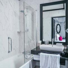 Отель Maison Astor Paris, Curio Collection by Hilton 4* Стандартный номер разные типы кроватей фото 2