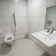 ClinkNOORD - Hostel ванная фото 4