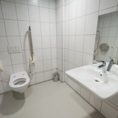 ClinkNOORD - Hostel Амстердам ванная фото 4