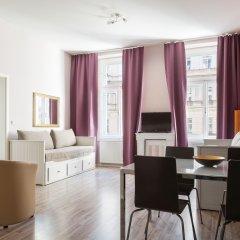 Апартаменты Royal Court Apartments Семейные апартаменты с двуспальной кроватью фото 24