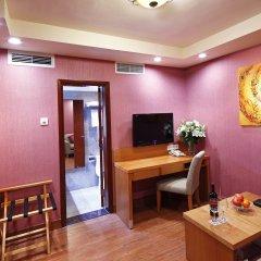 Guangzhou The Royal Garden Hotel 3* Стандартный номер с различными типами кроватей