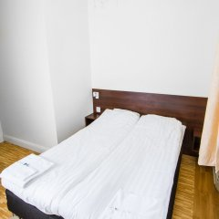 Birka Hostel Стандартный номер с двуспальной кроватью