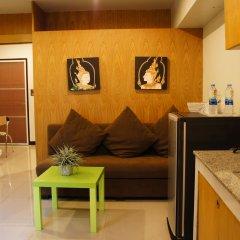 Отель Ratchadamnoen Residence 3* Улучшенные апартаменты с двуспальной кроватью