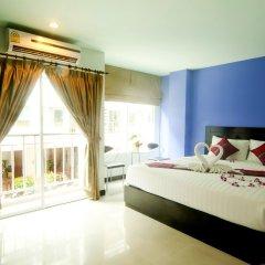 Отель PJ Patong Resortel 3* Улучшенный номер с двуспальной кроватью