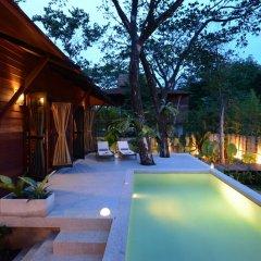 Отель Ananta Thai Pool Villas Resort Phuket комната для гостей фото 12