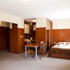 Апартаменты Warsaw Apartments Magnolie Улучшенный номер с различными типами кроватей