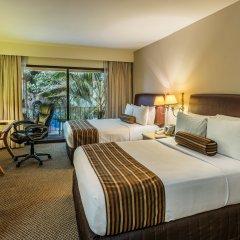Отель Wyndham Garden Guadalajara Expo 3* Стандартный номер с 2 отдельными кроватями