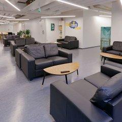 Отель CheapSleep Helsinki лобби лаундж фото 5