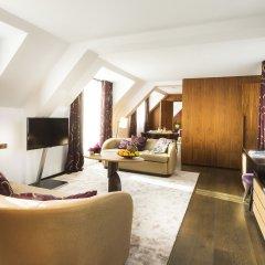 Hotel Maison FL 4* Люкс с различными типами кроватей