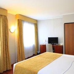 Hotel 3K Madrid 4* Улучшенный номер с двуспальной кроватью