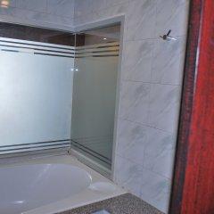 Suriwongse Hotel 3* Полулюкс с различными типами кроватей