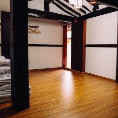 Отель Bibimbap Guesthouse 2* Стандартный семейный номер с различными типами кроватей