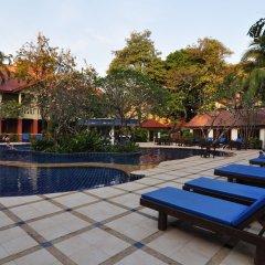 Отель Hyton Leelavadee Phuket бассейн