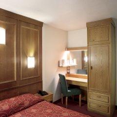 St Giles London - A St Giles Hotel 3* Стандартный номер с различными типами кроватей фото 2