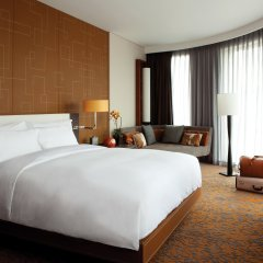 Отель Langham Xintiandi 5* Полулюкс