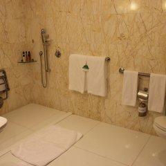 Jumeirah at Etihad Towers Hotel 5* Стандартный номер с различными типами кроватей фото 4