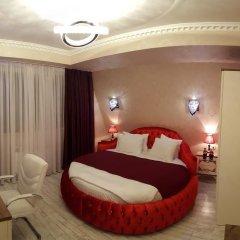 Отель English Home Tbilisi 4* Люкс с различными типами кроватей