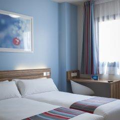 Отель Travelodge Madrid Alcalá Стандартный номер с различными типами кроватей