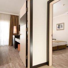 Отель Aydinbey Famous Resort Богазкент комната для гостей фото 3