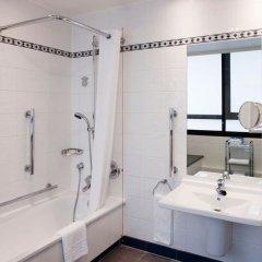 Отель Holiday Inn London Kensington Forum 4* Стандартный номер с различными типами кроватей фото 5