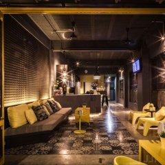 Fulfill Phuket Hostel вестибюль отеля