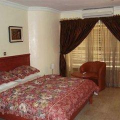 Solitude Hotel Victoria Island 4* Представительский номер с различными типами кроватей